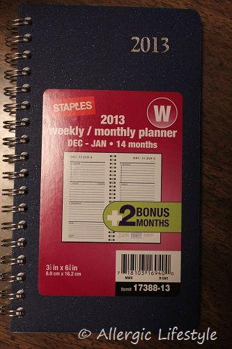 Latex Free, Vinyl-Free, Weekly/Monthly Planner - This is a great, little, durable planner.