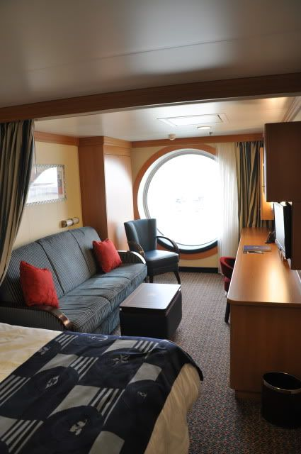 Disney Dream Sofa Bed Decorating With A Dark Brown Leather The Couch In This Stateroom Folds Out To Double Sized Ocean View Room Also Has Seating Area Window Dcl Disneydream Windowseat