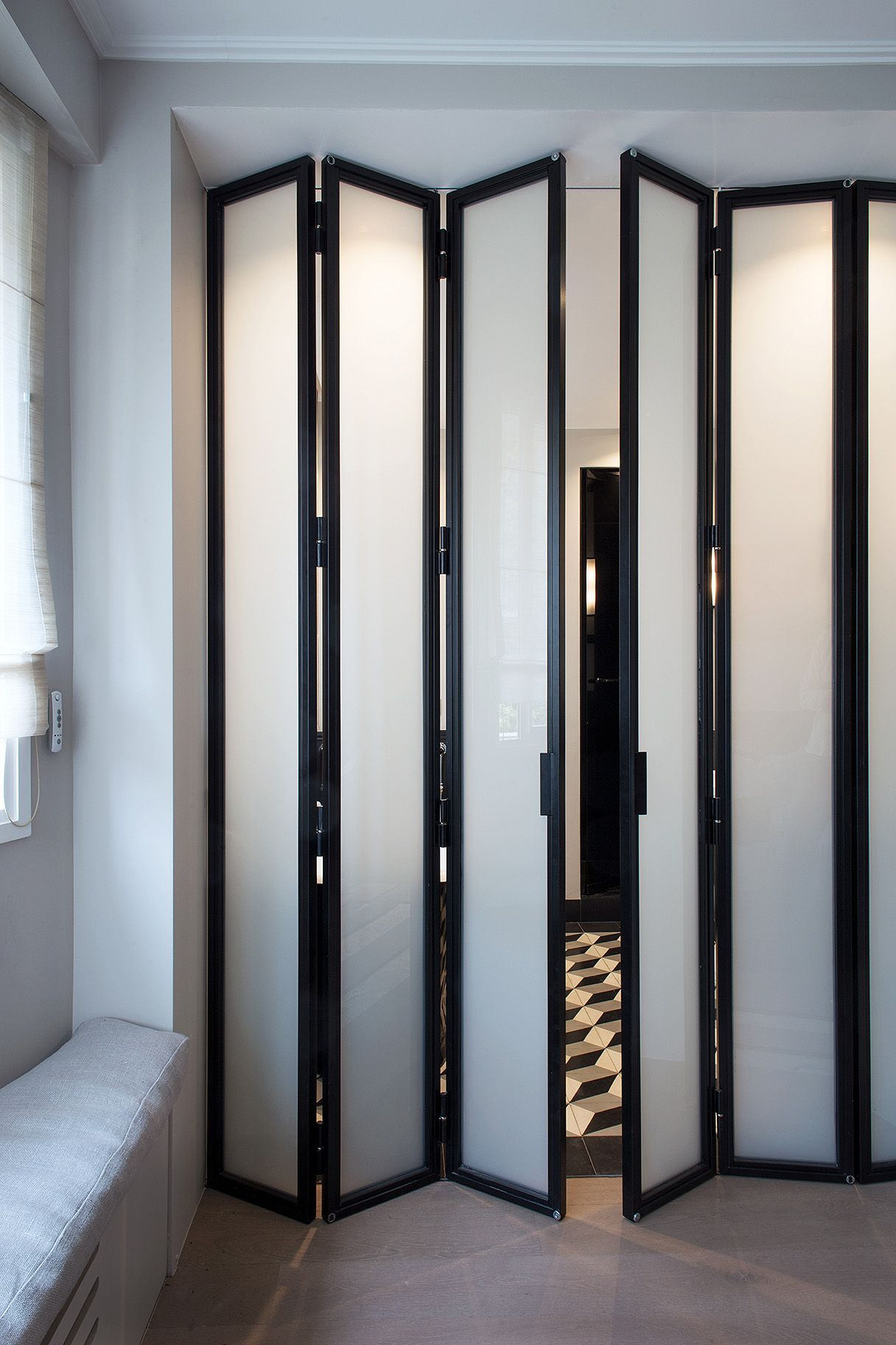 Porte D'intérieur Pliante En Verre Tall Translucent Door Wall Panels Via Instant Classics In