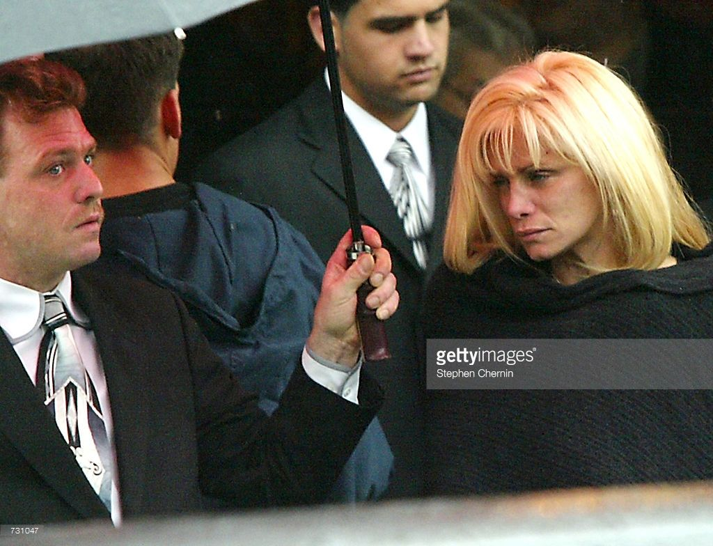 Victoria Gotti Daughter Of Mobster John Gotti Leaves The Papavero Mobster Mob Wives Baby Face Nelson