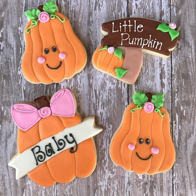 Love fall cookie time Cutters from @kaleidacuts #kaylynncakes - halloween pumpkin cookies decorating