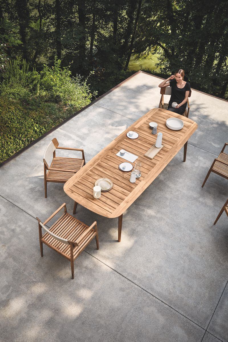 Bristol Table From Gloster La One Of The Most Comprehensive Of Teak