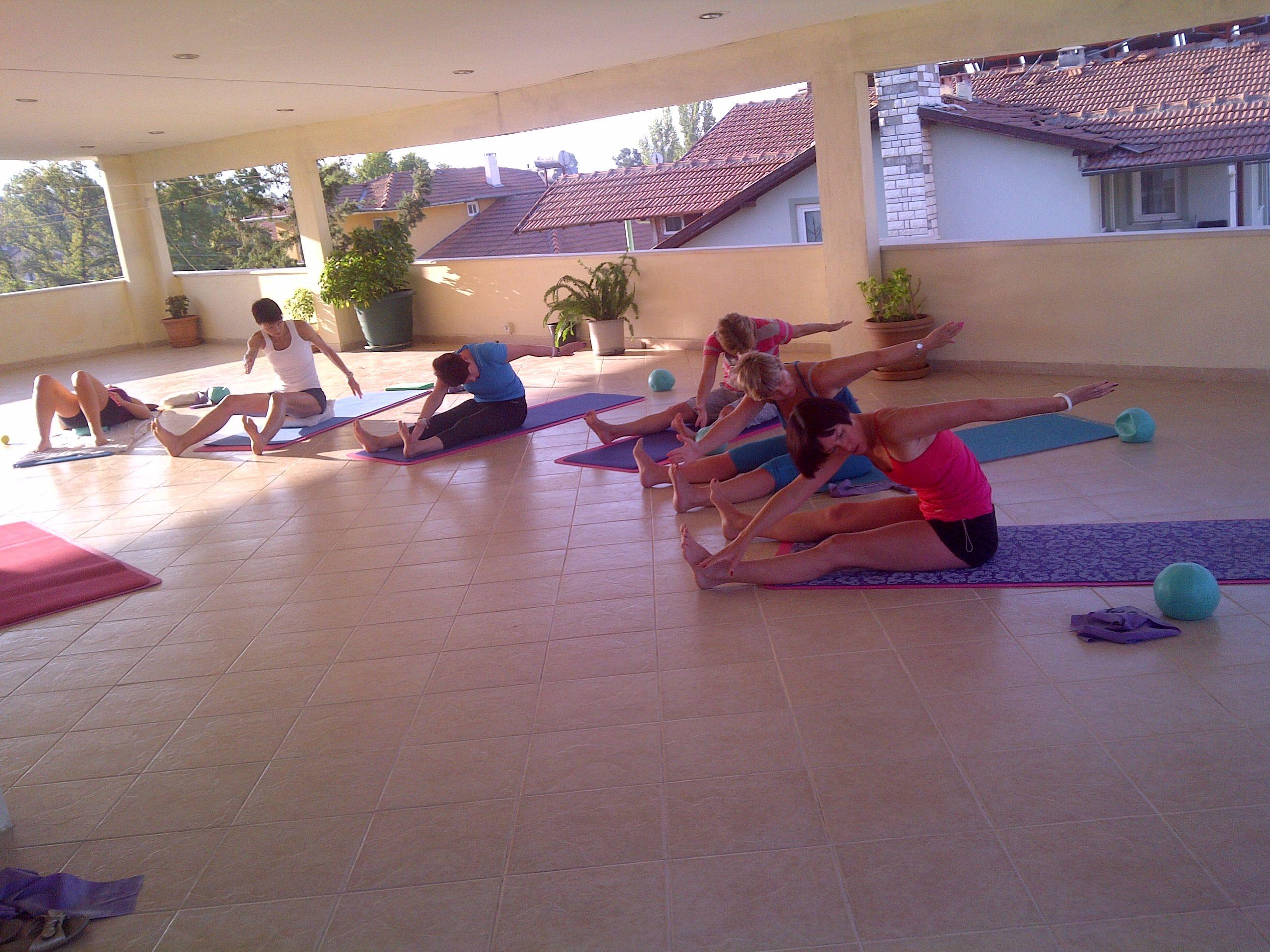 Pilates classes running balham library hall monday am