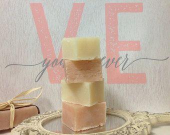 70 Wedding Favors, Baby Shower Favors, Soap party favor, soap favors