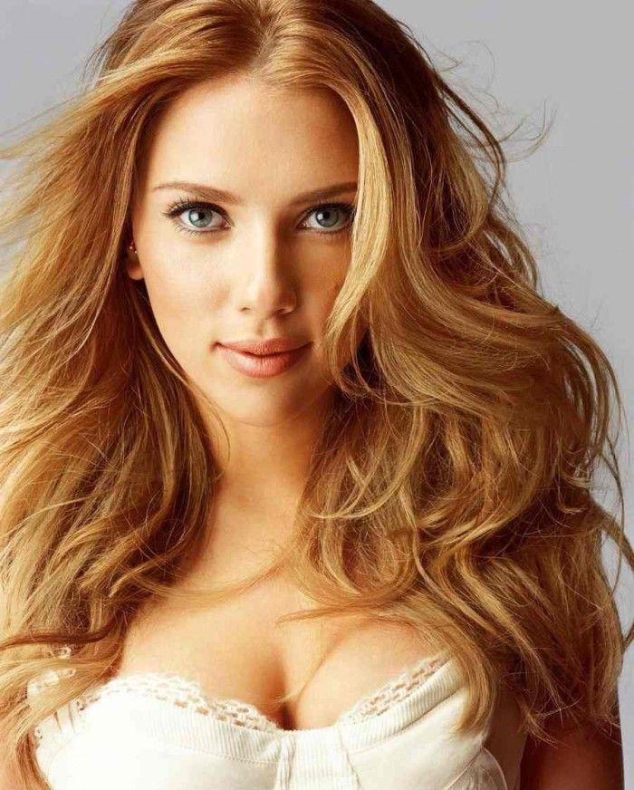 Cheveux blond couleur vetement