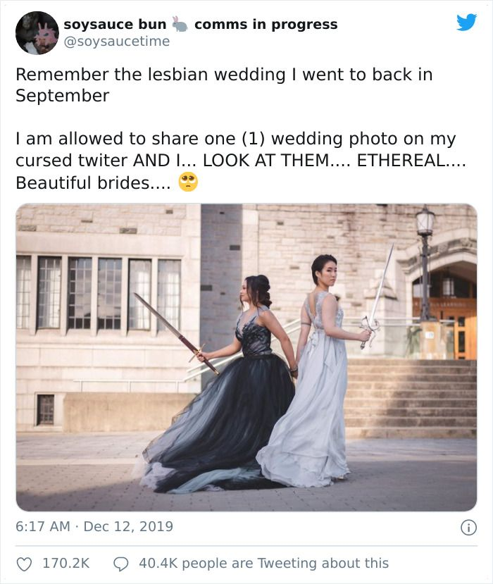 Guest Is Allowed To Share One Pic From This Badass Bisexual Wedding, It Goes Viral So They Reveal More Pics