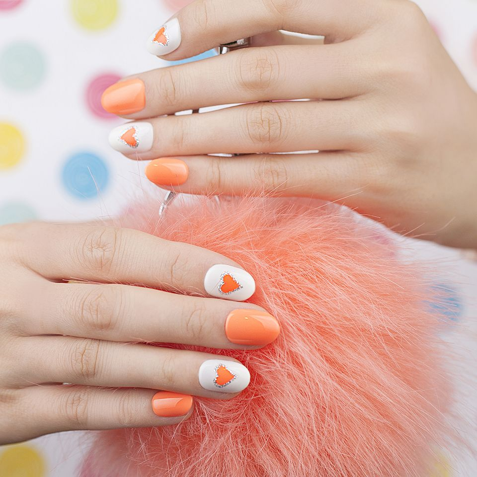 Impress press on manicure nails my style pinterest - Rock This Funky Impress Oval Manicure This Weekend
