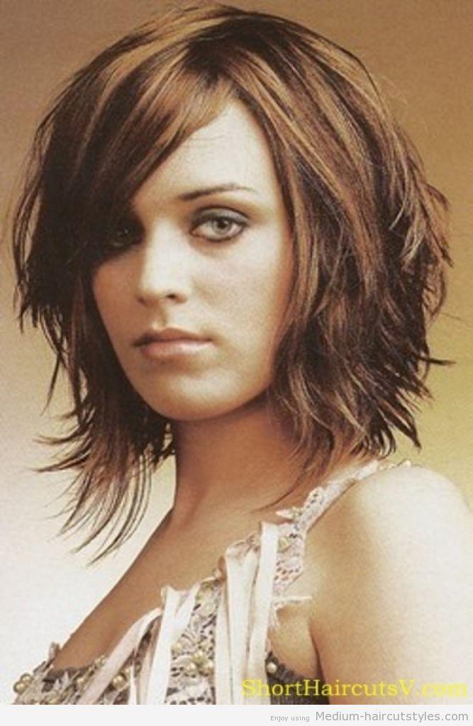 Mid Length Hairstyles Ideas For Women\'s | Medium haircuts, Medium ...