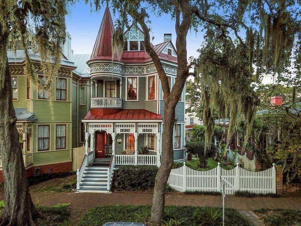 1890 Dickinson Exley House In Savannah Georgia Captivating