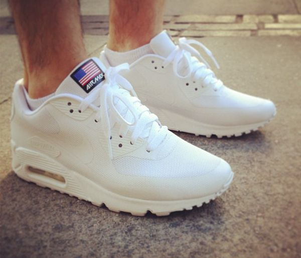 independence day air max 90 hyperfuse