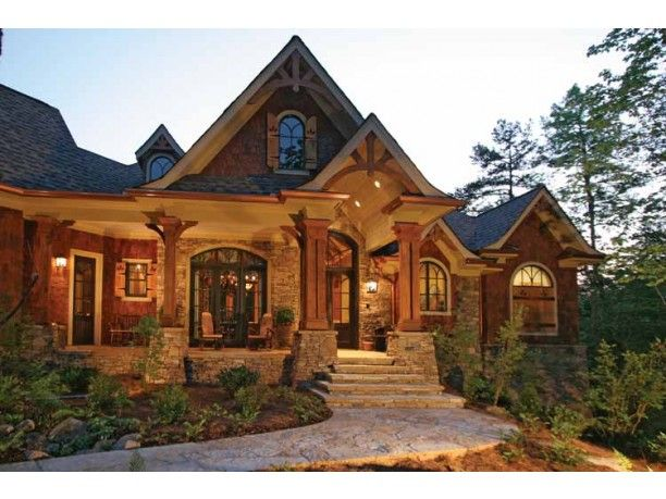 Craftsman Style House Plan 3 Beds 2 5 Baths 3126 Sq Ft Plan 54 245 Craftsman Style House Plans Craftsman House Plans Craftsman House