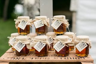 Le Mini Pot De Miel En Cadeau Pour Invité Une Douce Idée