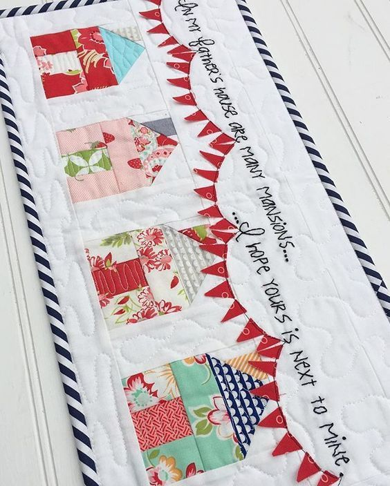 Patchwork Houses with bunting flags | Ideas para el hogar ...