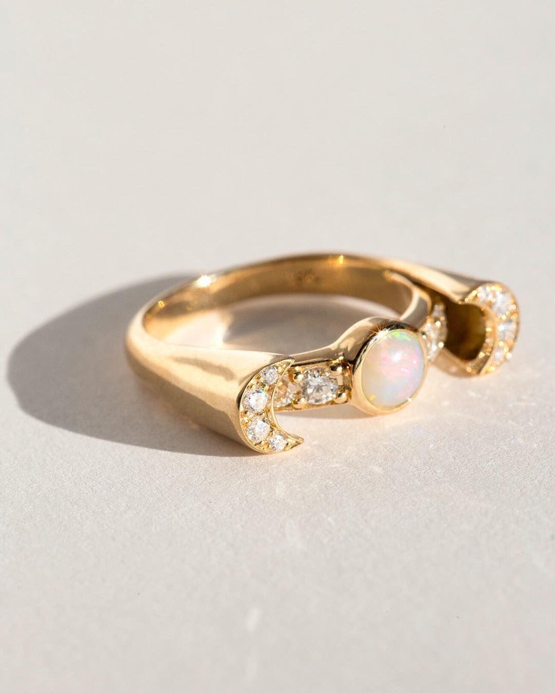 Pamela Love Womens White Diamond Luna Ring hb5mn62x