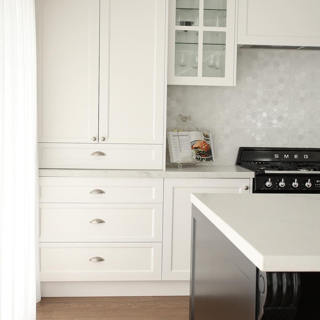 Sc Snowflake Hexagon White Tile By Mint Designer Kitchens
