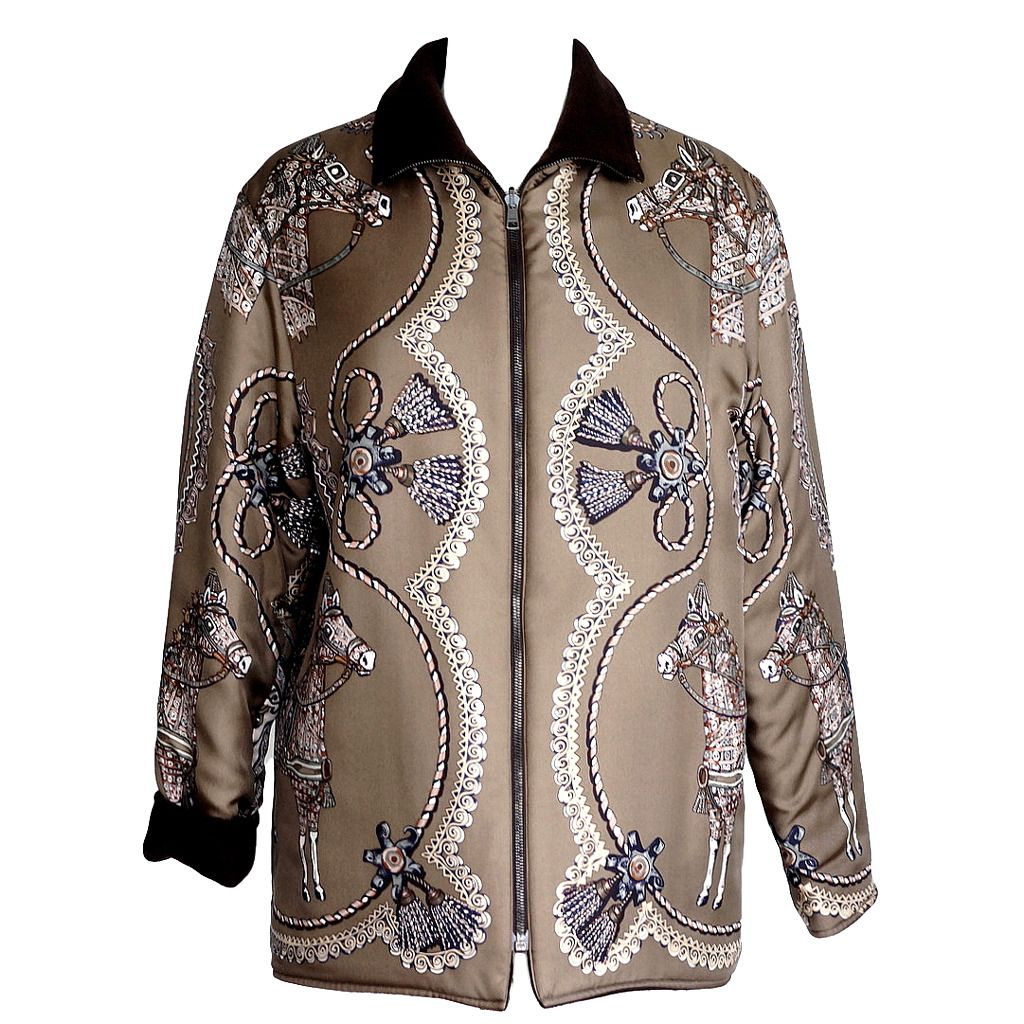 98762f2d75c31f For Sale on - Guaranteed authentic Hermes extremely rare to find Paperoles  reversible scarf print gently wadded jacket.