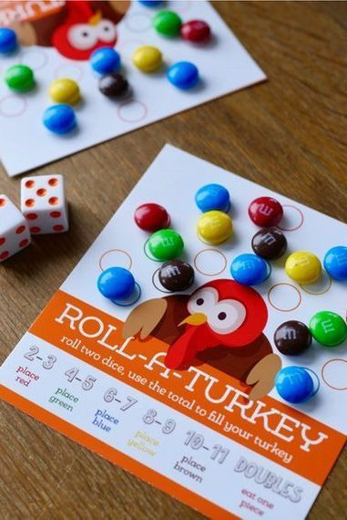 Thanksgiving Kids Table Game: Roll A Turkey #thanksgivingcrafts