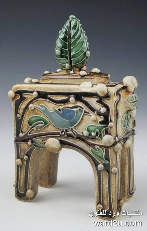 زخارف نباتية خزفيات رائعة للفنانة Carol Long الصفحة 3 Pottery Art Ceramic Boxes Hand Built Pottery