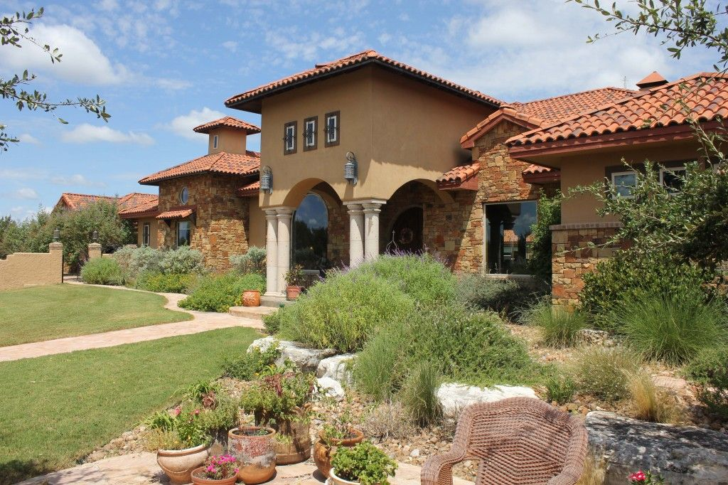 Hill country style homes home design pinterest Hill country style homes