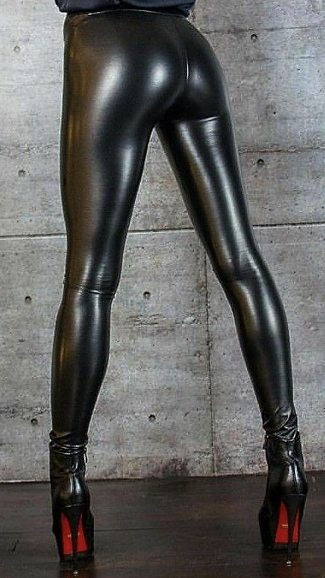 7ff19eeda714cc Wet Look Leggings, Shiny Leggings, Tight Leggings, Leggings Are Not Pants,  Leather Trousers, Leather Boots, Leather Skirt, Latex Pants, Lederhosen