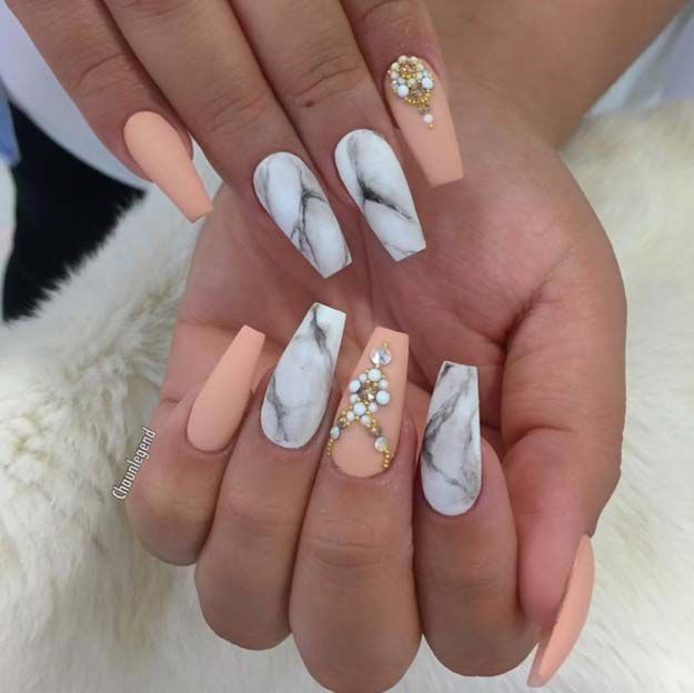 Nail Art Ideas For Sarong Nails Peach And Marbles Simple Step By Step Design Design Id Cute Simple Nails Simple Nail Designs Cute Easy Nail Designs