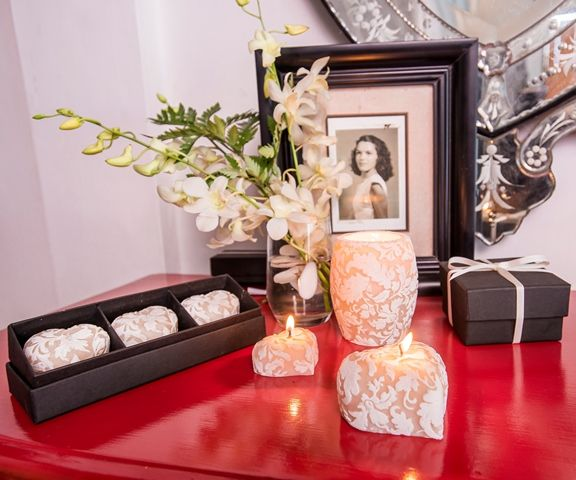Vintage family photo with our Damask Heart candle gift set.