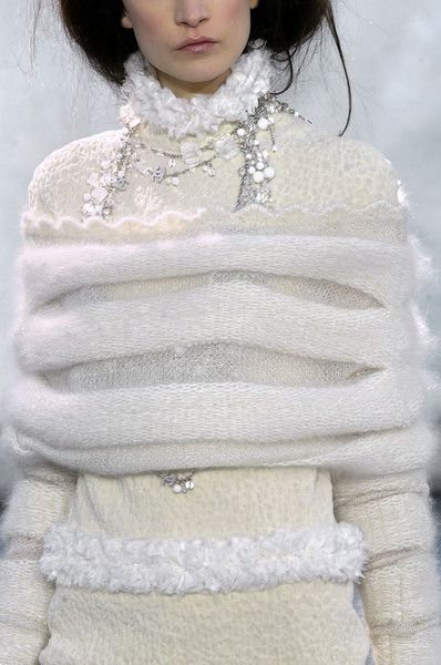 Chanel Fall 2010 * Details