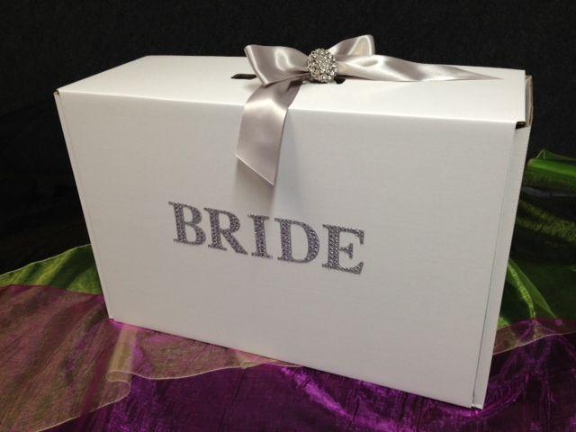 Nice The Show Stopper Bride Wedding Dress Travel Box