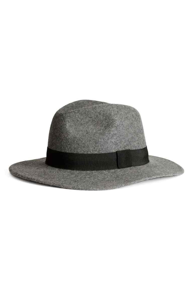 Cappello in lana  c2d9f83df860