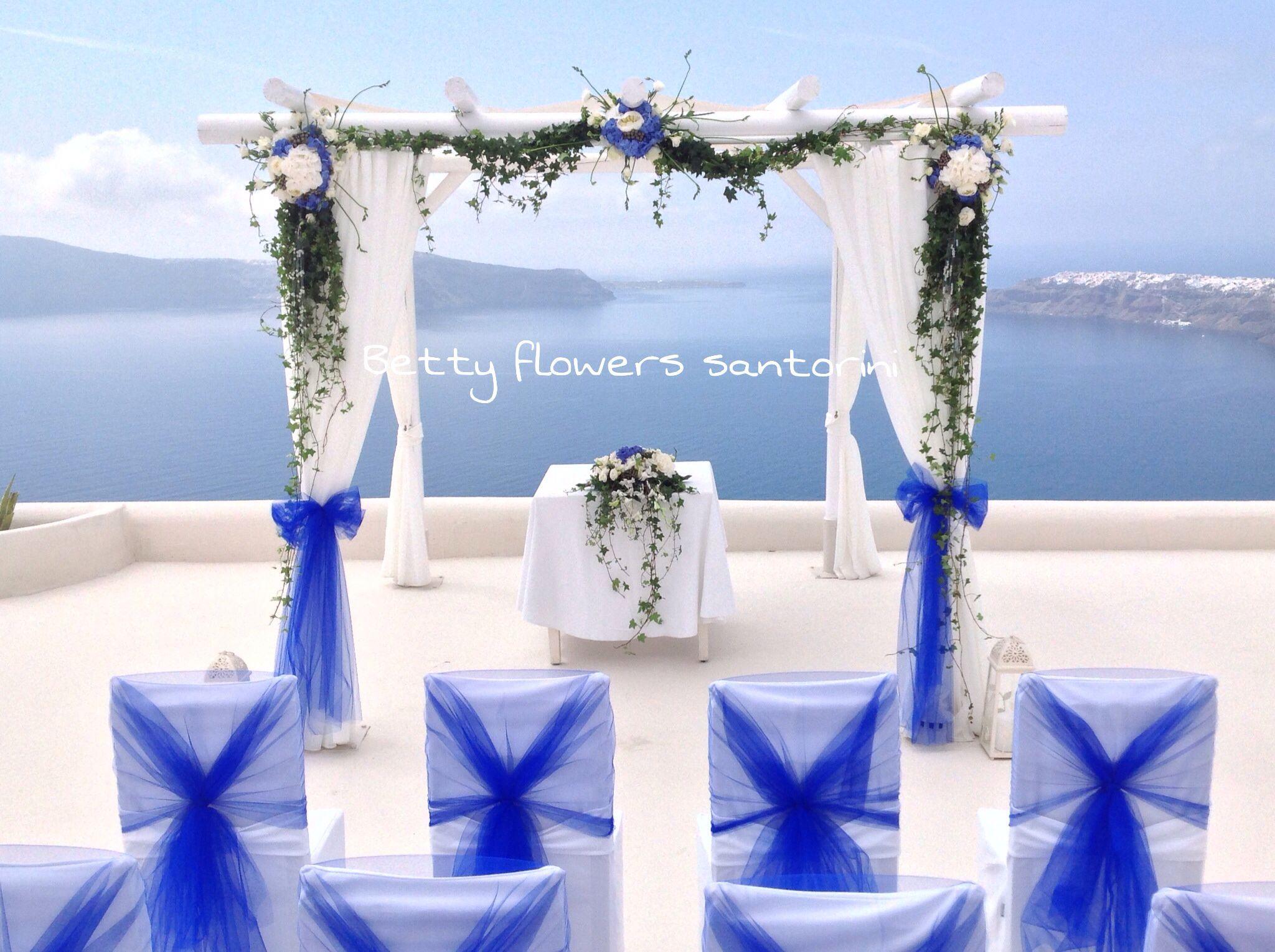 Blue and white Wedding in Santorini Flower decoration ...