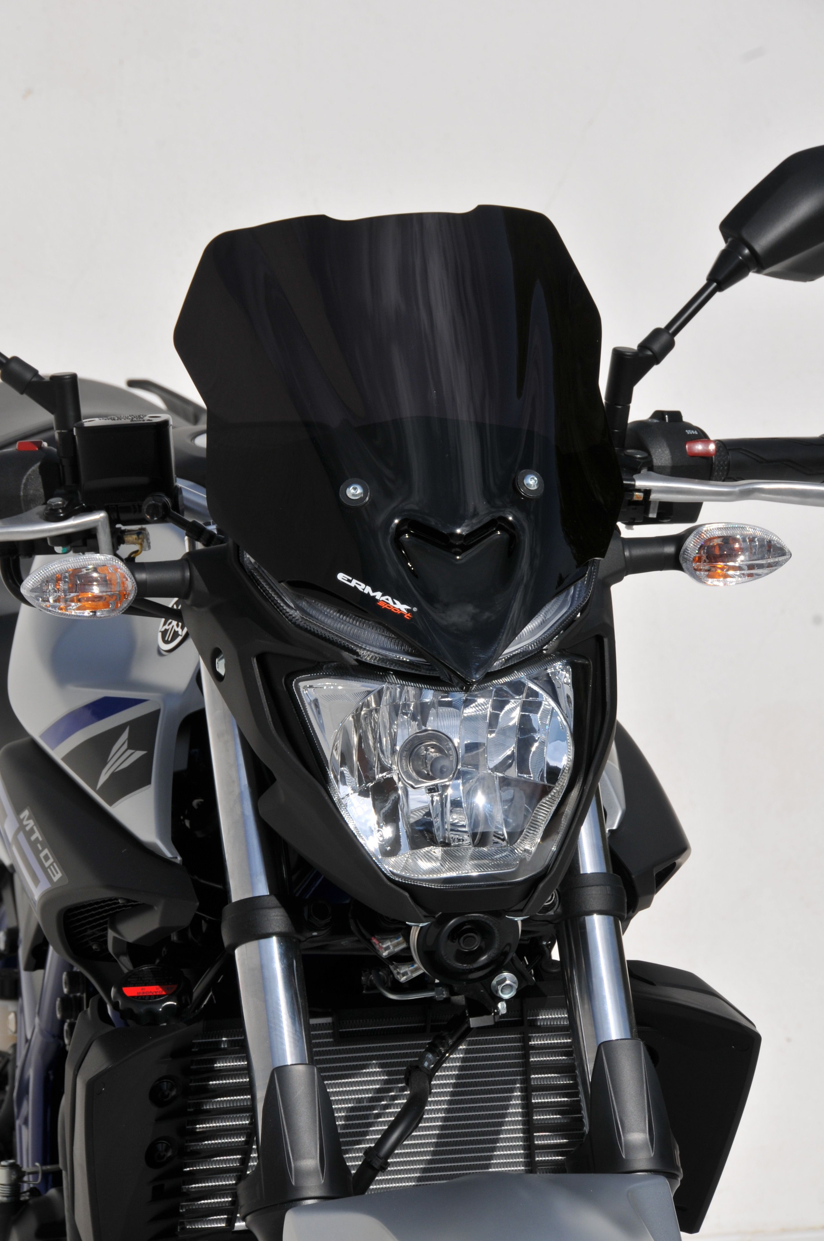 2012 yamaha yzf r6 reviews prices and specs review ebooks - Black Sport Nose Screen