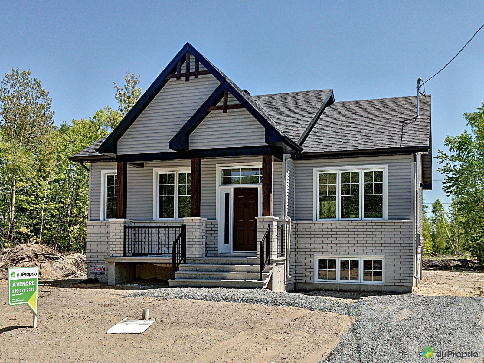 Bungalow à Vendre à Drummondville Drummondville Jetez Y Un Coup D Oeil House Styles Facade Mansions