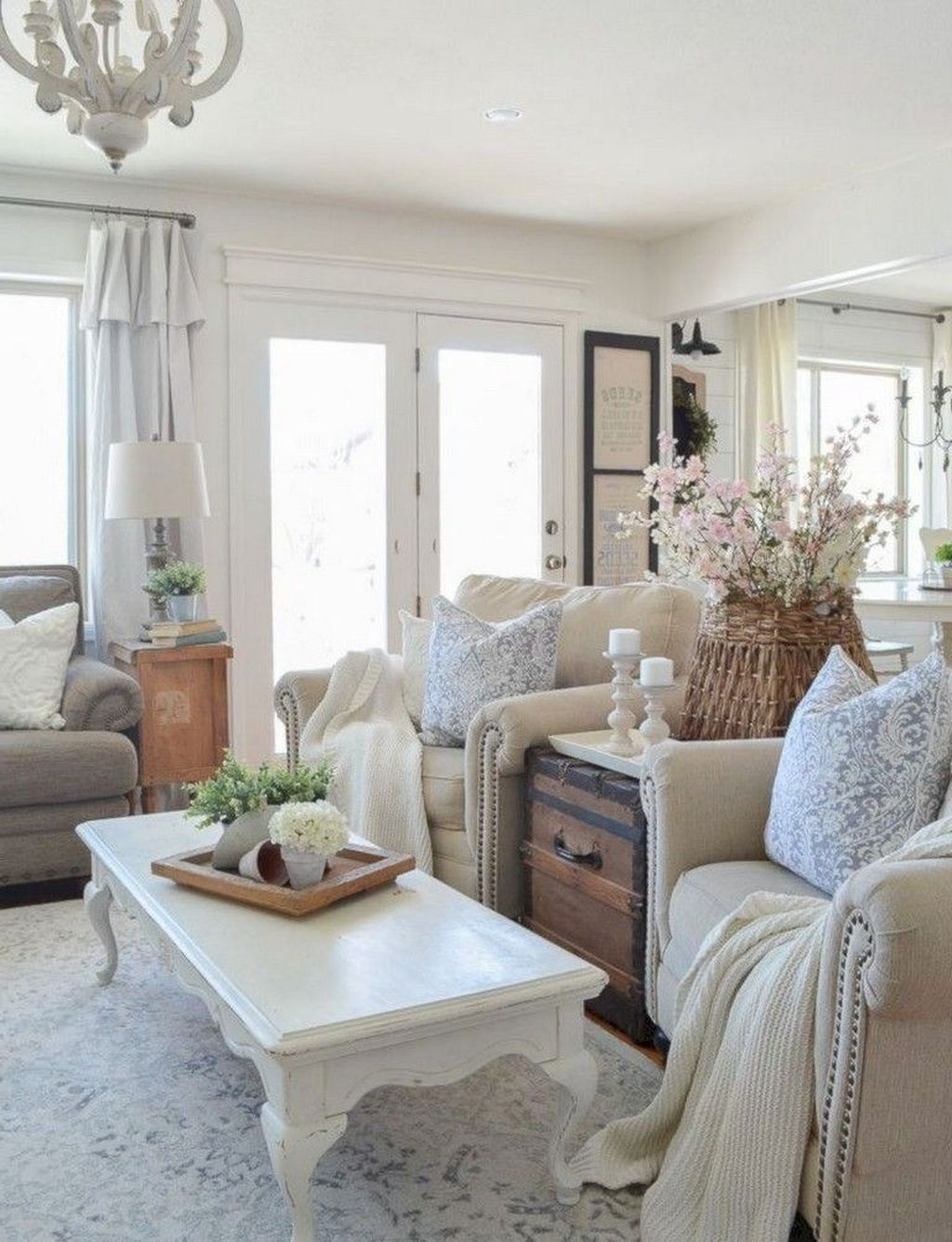 20 comfy farmhouse living room decor ideas with images on modern farmhouse living room design and decor inspirations country farmhouse furniture id=66227