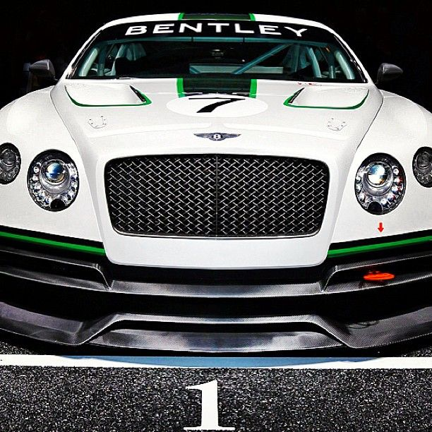 Bentley Cars 2012: Bentley Continental GT3 Concept 2012! Now That's A Beauty