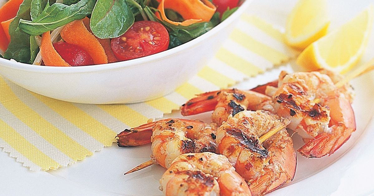 Marinated barbecue prawns with summer salad Recipe