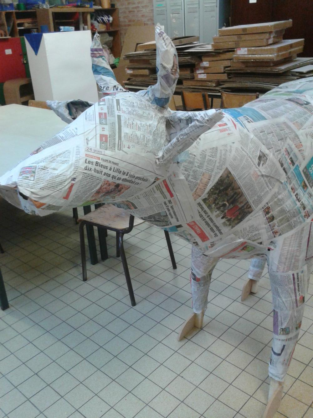 Sculpture Grillage A Poule grillage a poule papier mache | papier mâché, grillage a