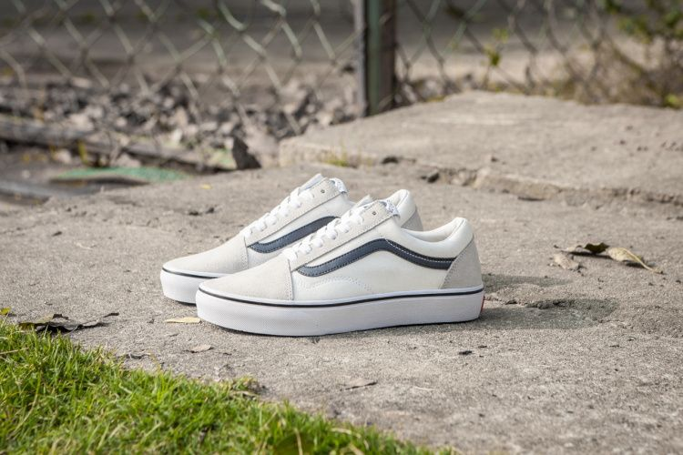 Explosive Vans Vans Old Skool Dane Reynolds Men And Women Casual Shoes Skateboard Shoes Beige Model 1708 Shoes Code Casual Shoes Women Vans Old Skool Vans