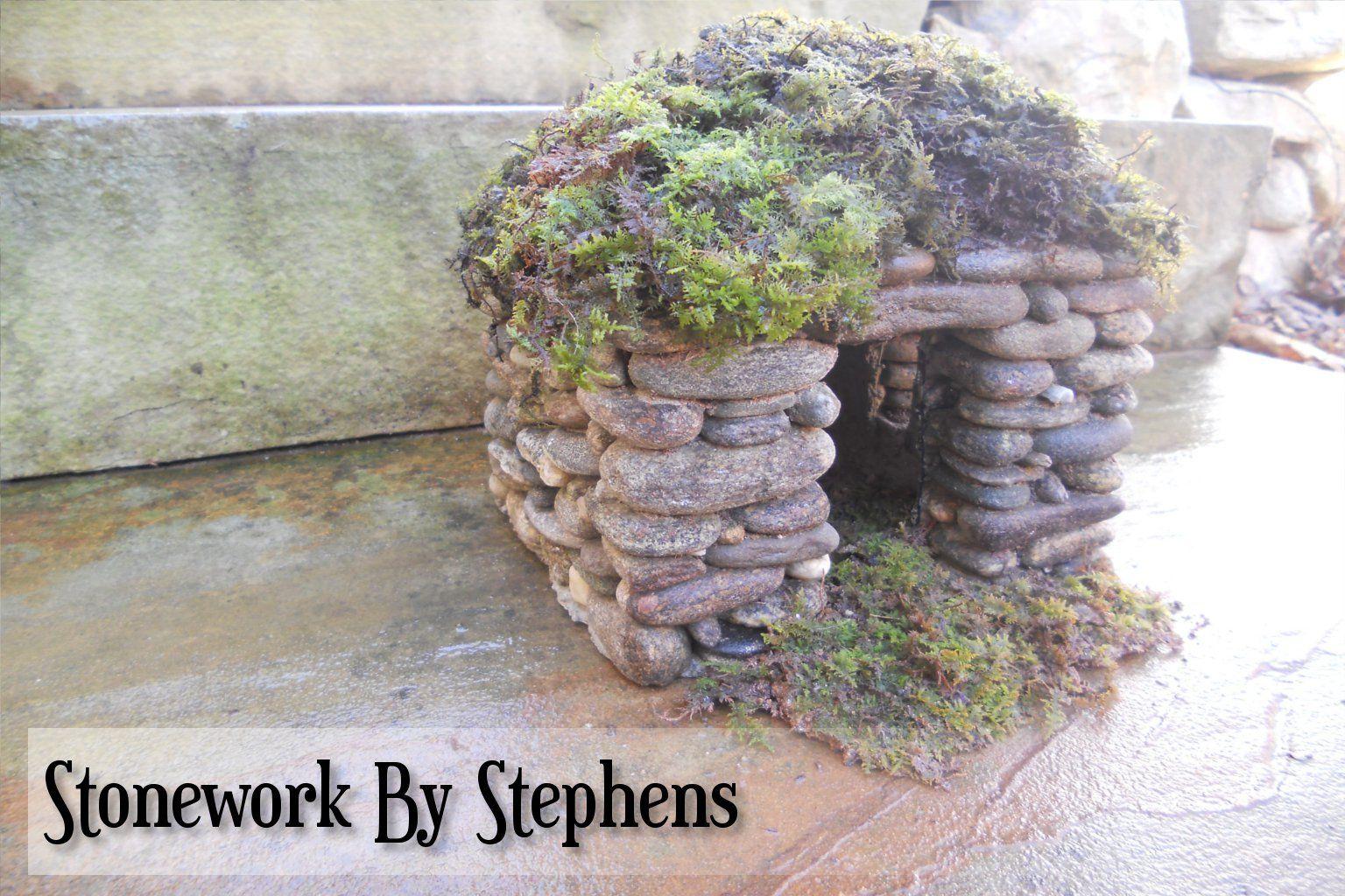 Moss Roofs 002w Jpg 1 536 1 024 Pixels Miniature Fairy Gardens Fairy Furniture Fairy Garden Houses