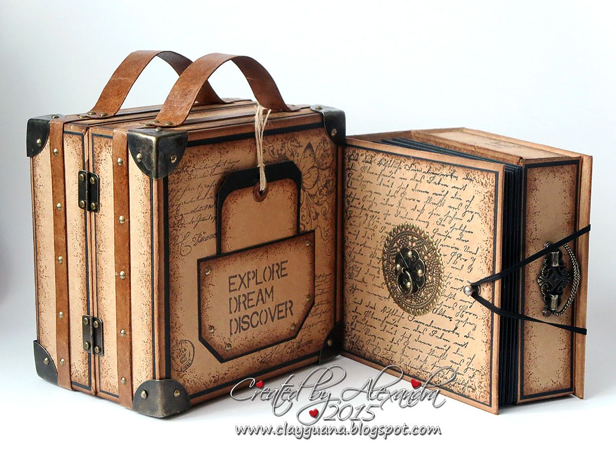 Vintage style scrapbook ideas - Vintage Style Suitcase With A Drawer Album