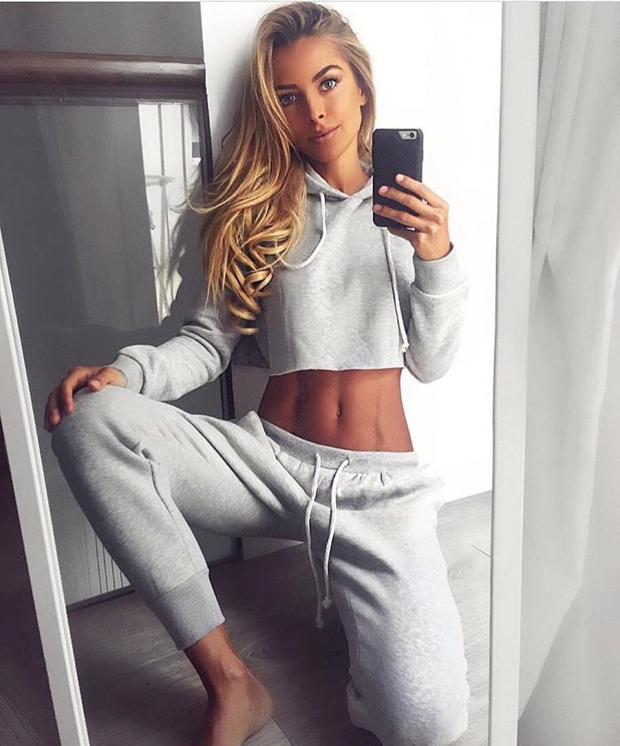 Pin By Soo Glossy On Sexy In Sweatpants Womens Workout