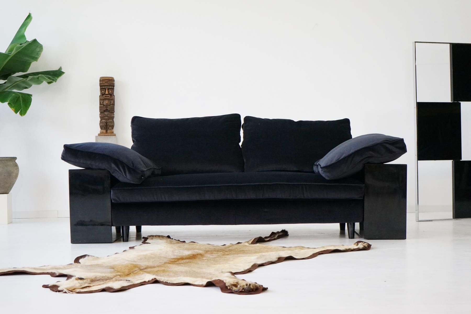 Vintage Lota Sofa by Eileen Gray 1