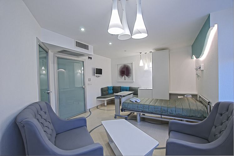 can you believe this is a hospital room?