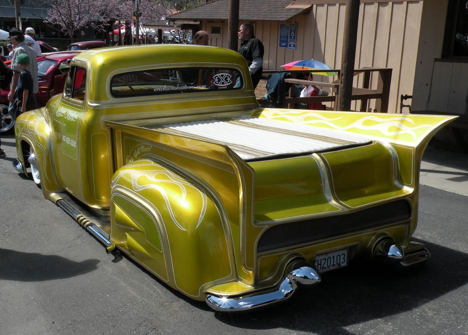 counts kustoms | Just a car guy: Extreme Kustoms truck at Temecula ...