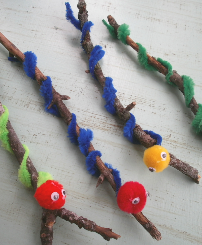 Students will be able to construct their own worm using a for Craft pipes