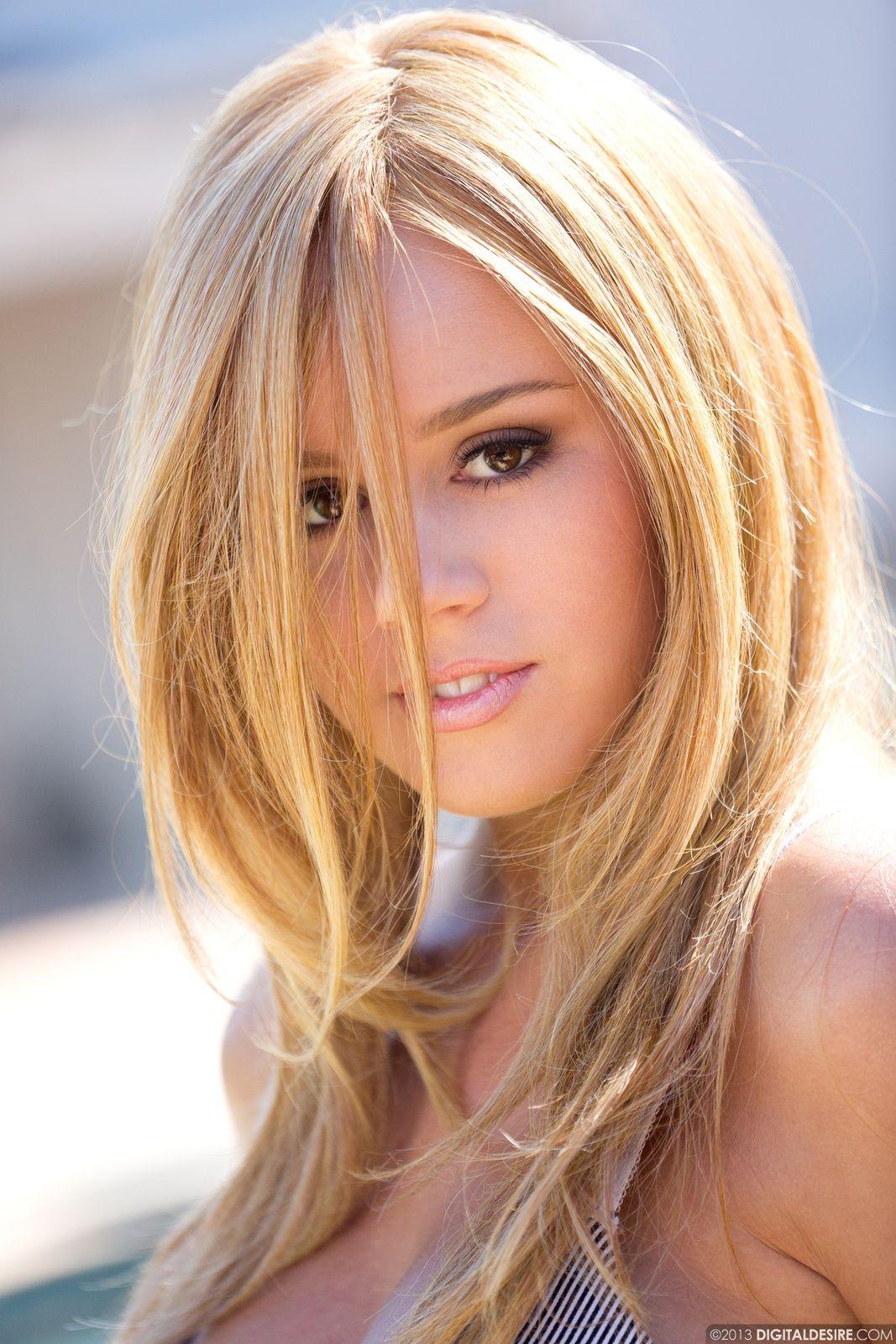 Alexis Adams Nude Photos 87