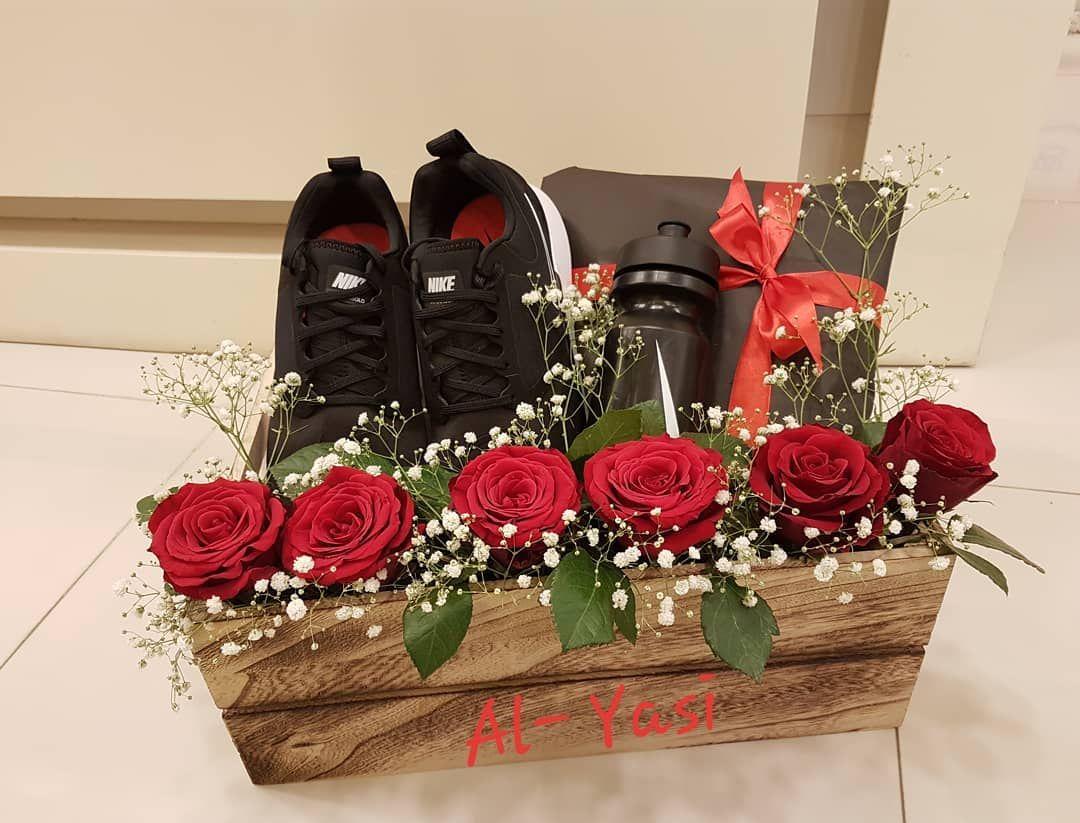 Gift Giftideas Giftsforhim Flowers Flowerbox ورد ورود باقات باقه هدايا هدية تغليف الهدايات اكسسوارات مسقط عمان هدايا Gifts Gift Wrapping Wrap