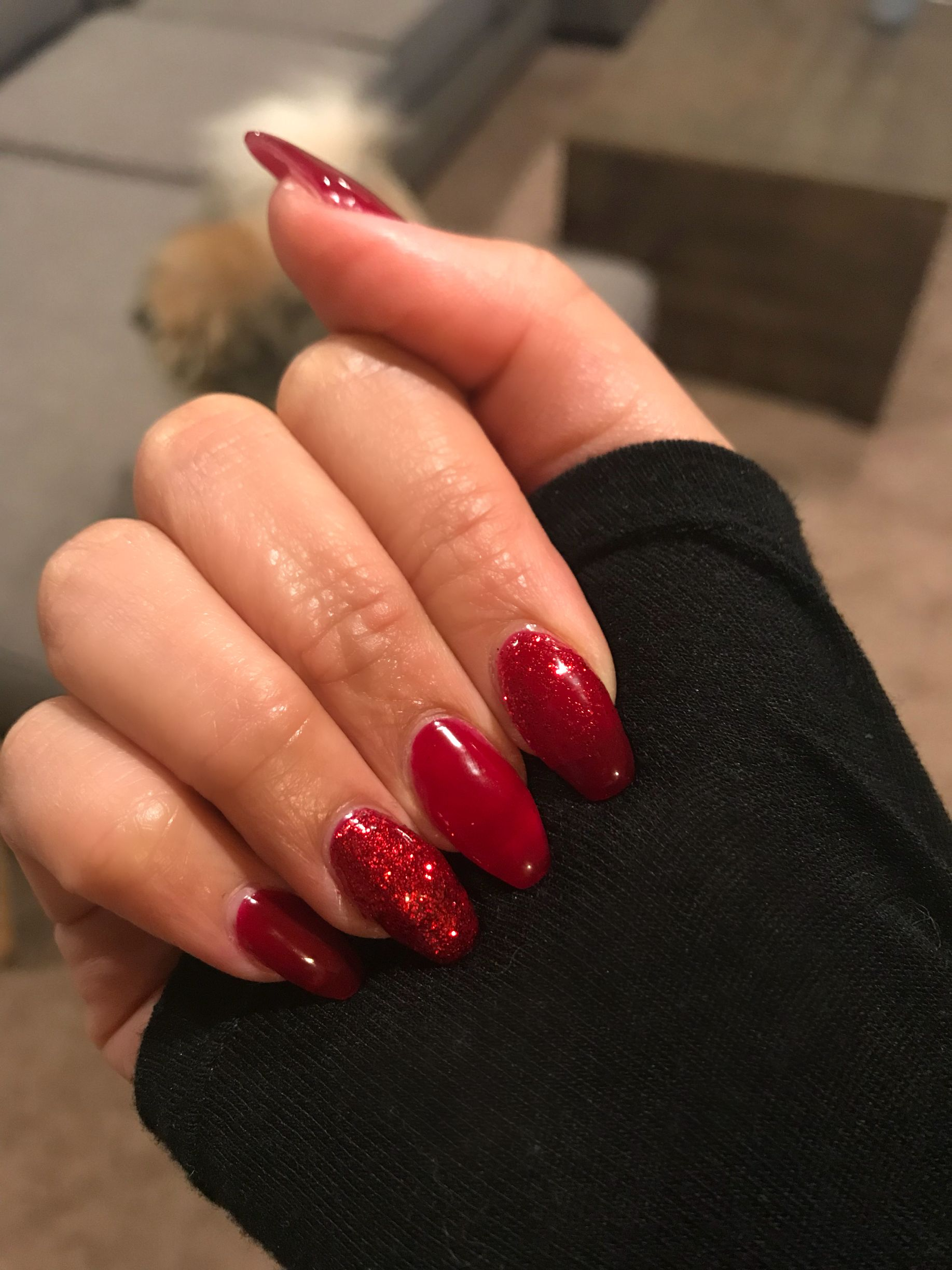 DIY UV Gel Nail Extensions In Bordeaux By Essie Red Glitter