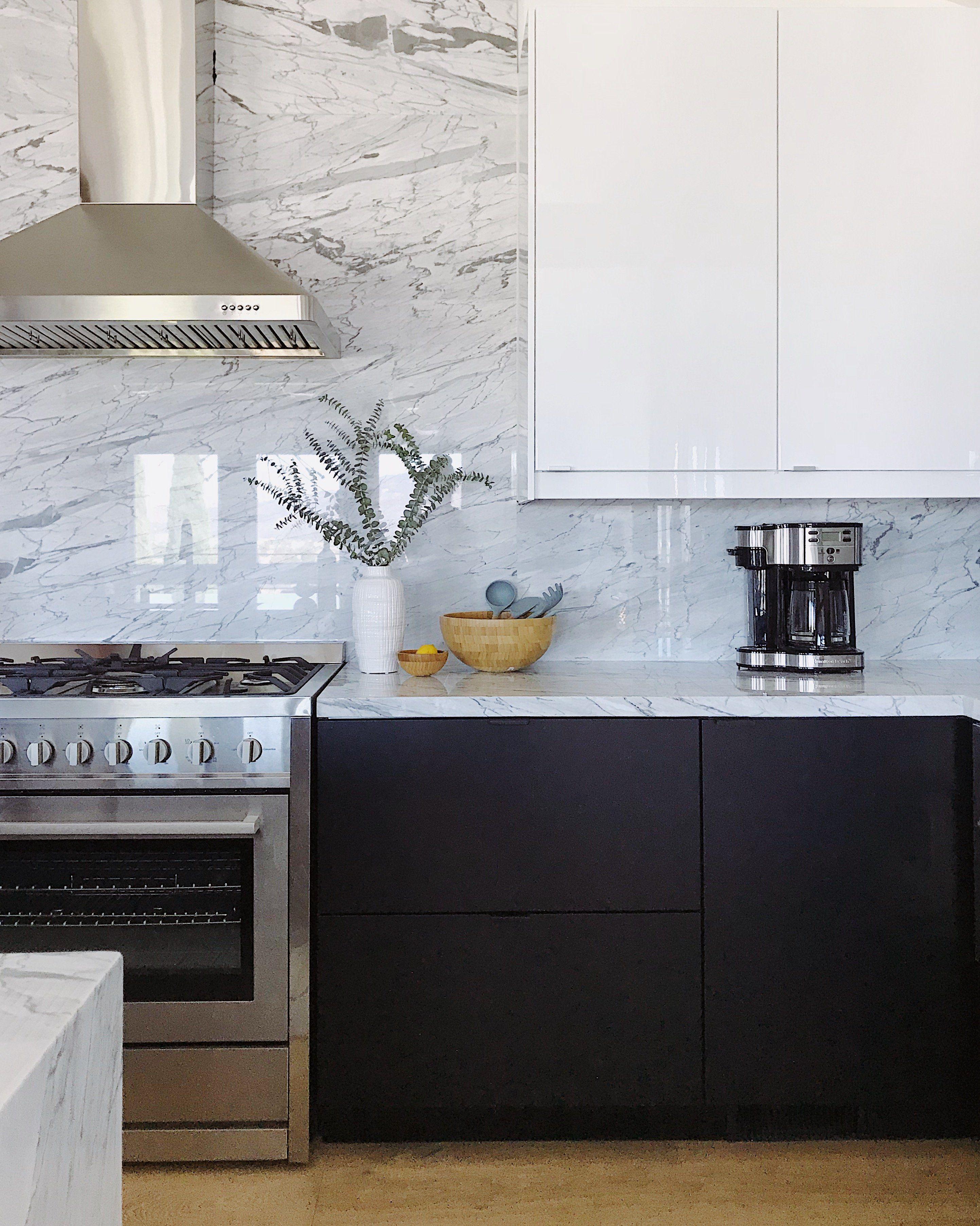 Amazing Black And White Kitchen With Marble Backsplash Grey