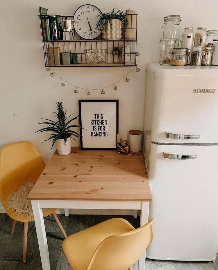 18x de leukste kleine eethoekjes voor in kleine keukens