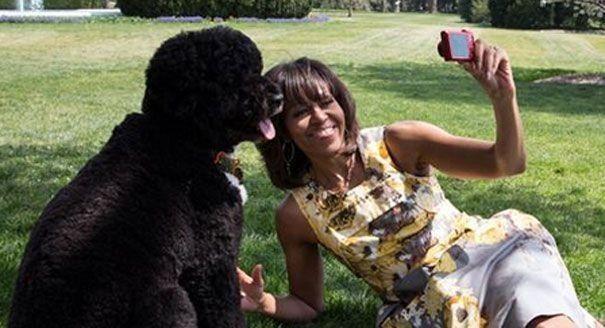 Michelle Obama con il suo cane Bo
